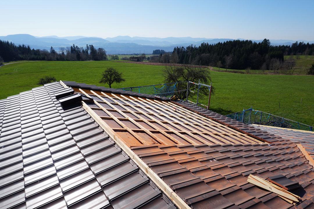 Gedecktes Dach vor Montage der PV-Anlage